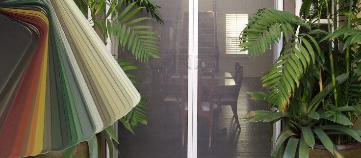 choosing colours for your mirage retractable screen solution